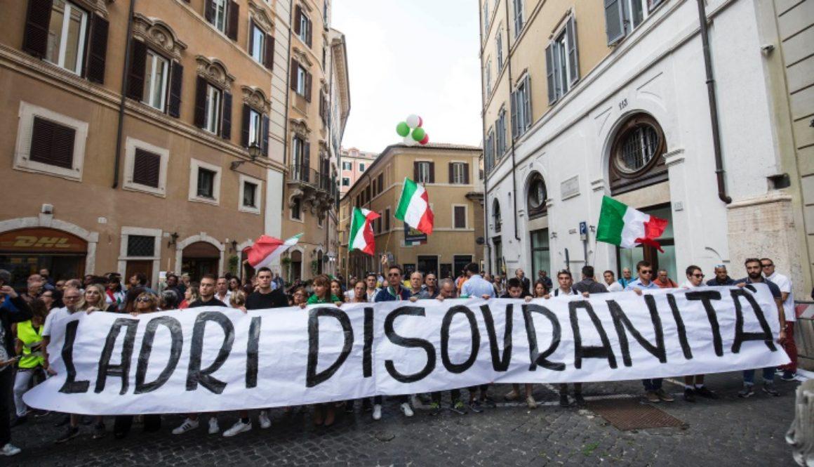 Manifestazione a piazza Montecitorio di Fratelli d'Italia e della Lega contro la formazione del nuovo governo Conte bis